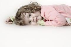 flicka little som är olycklig Fotografering för Bildbyråer