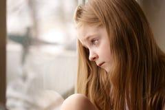 flicka little som är SAD Royaltyfri Bild