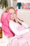 flicka little som är sjuk Royaltyfri Foto