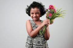 flicka little som ler Royaltyfri Bild
