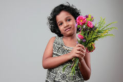 flicka little som ler Royaltyfria Bilder