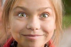 flicka little som poserar royaltyfria foton