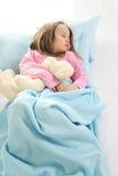 flicka little som sovar Arkivfoton