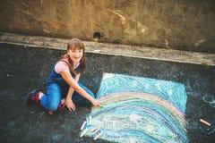flicka little stående arkivbilder