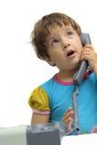flicka little telefon royaltyfri fotografi
