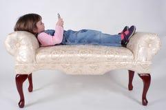 flicka little telefon Royaltyfria Foton