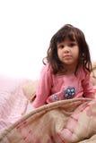 flicka little upp att vakna Arkivbilder