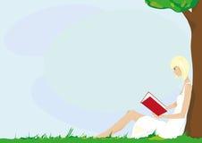 Flicka med boken Fotografering för Bildbyråer