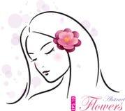 Flicka med den rosa blomman Royaltyfri Foto