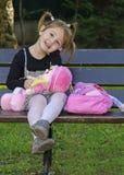 Flicka med dockor Arkivbilder