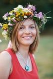 Flicka med flowers1 Arkivbilder