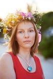 Flicka med flowers3 Arkivbilder
