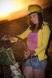 Flicka med hjälmen Royaltyfri Fotografi