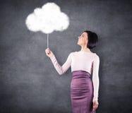 Flicka med molnet Royaltyfri Bild