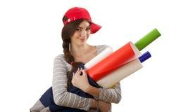 Flicka med rulle av papper Arkivbilder