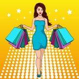 Flicka med shopping 我买了很多衣裳 1截去构成包括的路径购物的袋子 方式例证 流行艺术 皇族释放例证