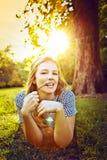 Flicka med solglasögon Royaltyfri Foto