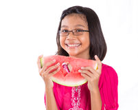 Flicka med vattenmelondropp Royaltyfri Foto