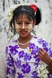 flicka myanmar Arkivfoton