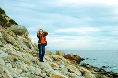 Flicka på havet Arkivbilder