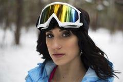 Flicka på snowboard Fotografering för Bildbyråer