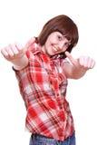flicka som ger upp skratta skjortatum Arkivbild