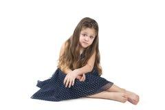 flicka som little grimacing Royaltyfri Foto