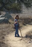 flicka som little natur går Royaltyfri Foto
