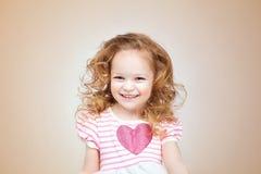 flicka som little skrattar Arkivfoton