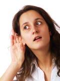 flicka som lyssnar Royaltyfri Bild