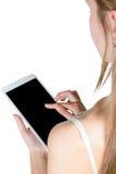 Flicka som rymmer en minnestavla arkivbild