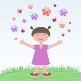 Flicka som släpper fjärilar Arkivbild