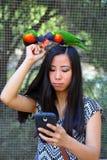 Flicka som tar selfie Royaltyfri Fotografi