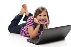 flickabärbar dator little arkivbild
