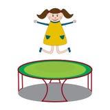 Flickabanhoppning på trampolinen Arkivfoto