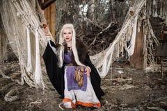 Flickablondin Viking Fotografering för Bildbyråer