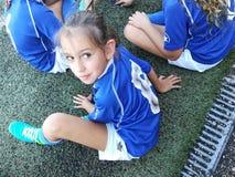 Flickafotbollspelare royaltyfria bilder
