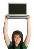 flickaholdingbärbar dator Fotografering för Bildbyråer