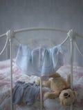 Flickaktigt sovrum Fotografering för Bildbyråer