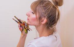 Flickamålare Fotografering för Bildbyråer