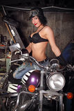 flickamotorcykel Fotografering för Bildbyråer