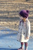 Flickan har borttappat vägen royaltyfria foton