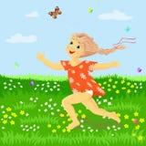 Flickan kör på ängen som fångar fjärilar Arkivfoton