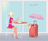 Flickan på flygplatsen går in på semestrar Fotografering för Bildbyråer