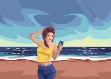 Flickan på stranden vilar havet, Smartphone Arkivfoto