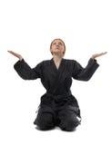 flickan poserar att sitta som är traditionellt Fotografering för Bildbyråer