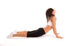 flickan poserar yoga Arkivfoton