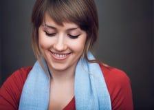 Flickan är lycklig Fotografering för Bildbyråer