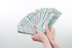 Flickan sade 10000 dollar i hand Arkivfoton