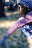 flickanatursitting Fotografering för Bildbyråer
